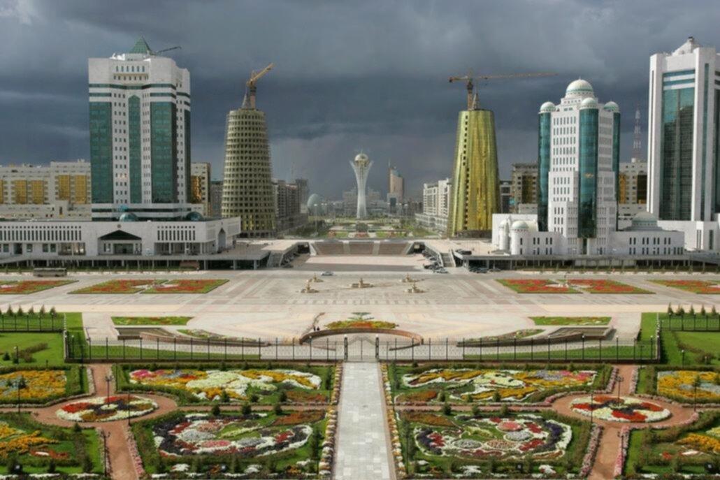 Il mare di Astana: il Mediterraneo